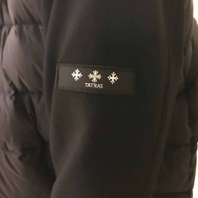 松井山手店 機能的かつ洗練された唯一無二をコンセプトに掲げるブランド「TATRAS(タトラス)」のダウンジャケットです!